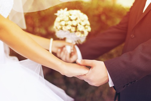 How Early Should I Hire a Wedding Planner?